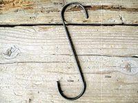 iron S hook M