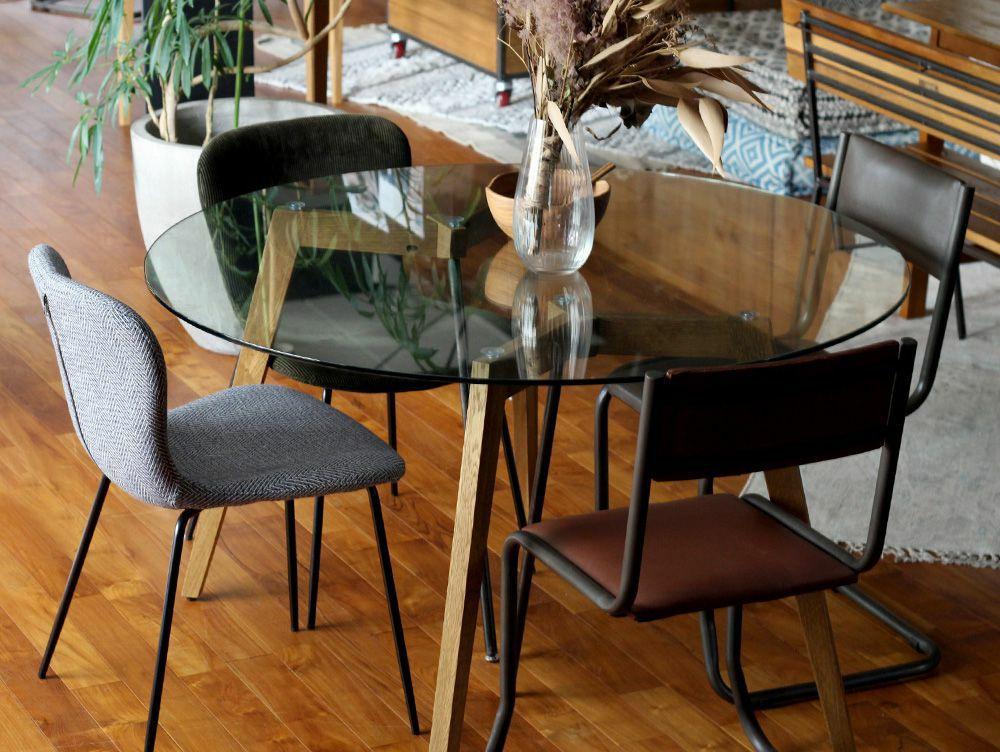 Gノット ガラス テーブル 1500 クリア 使用イメージ01